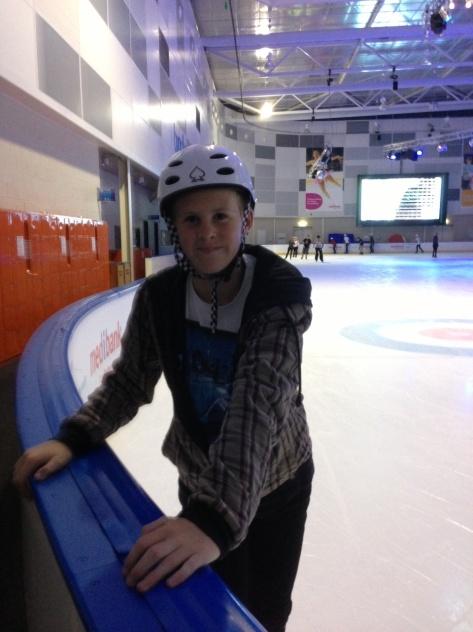 3c9 Ice-skating