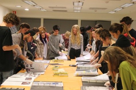 Viewing the folios